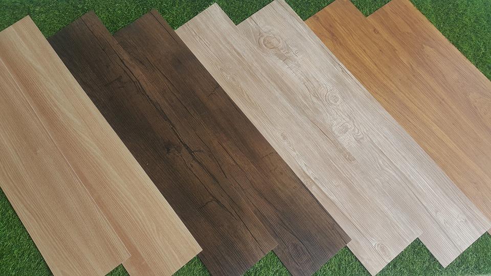 vinyl tiles in wood design